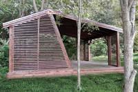 Прямоугольная асимметричная дизайнерская беседка 5х6м